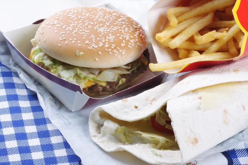 Memoria danneggiata dal cibo spazzatura in soli sei giorni for Ricette cibo