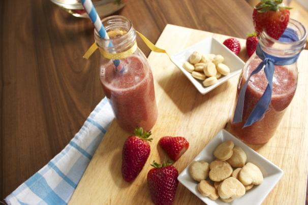 frullato di frutta con biscottini_