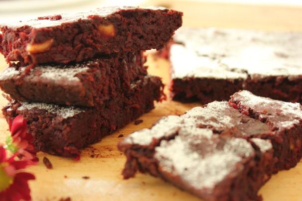 brownie con barbabietole_