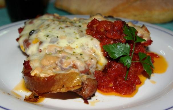 bistecche di maiale alla pizzaiola_