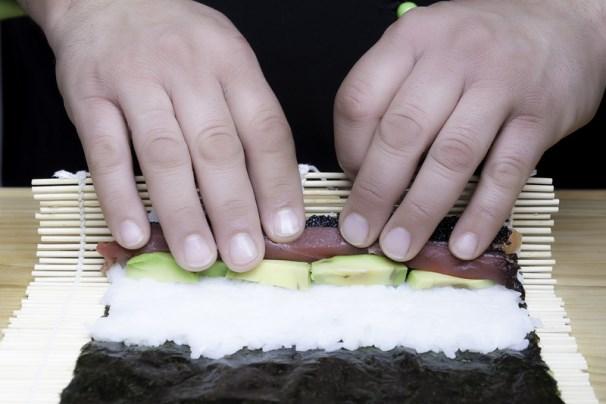 arrotolare sushi