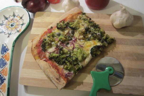 pizza integrale con broccoli_