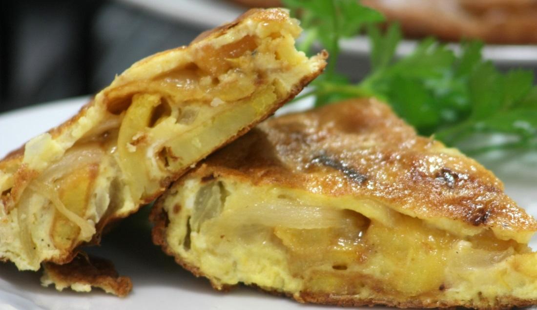 Frittata di patate rosse e cipolle for Ricette con patate