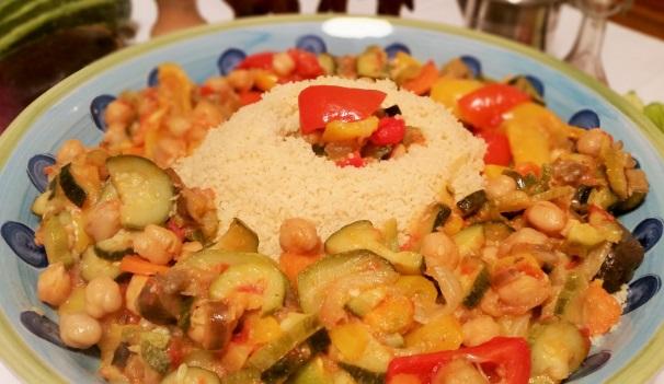 cous cous di verdure e legumi