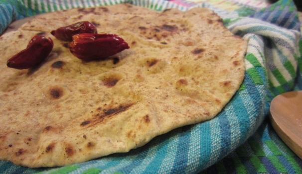 paratha pane indiano