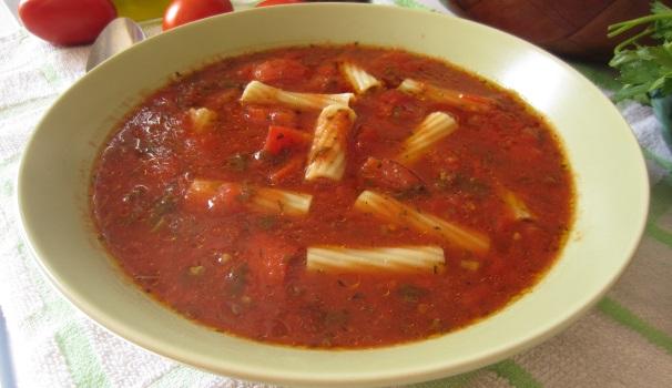 zuppa di pomodoro con pasta
