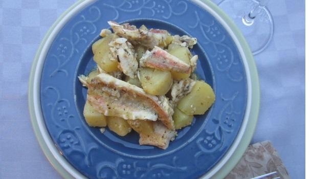 Gulash di pesce e patate