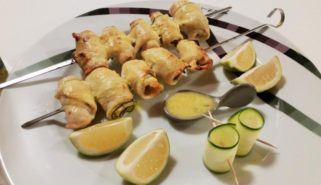 spiedini di pollo con zucchine