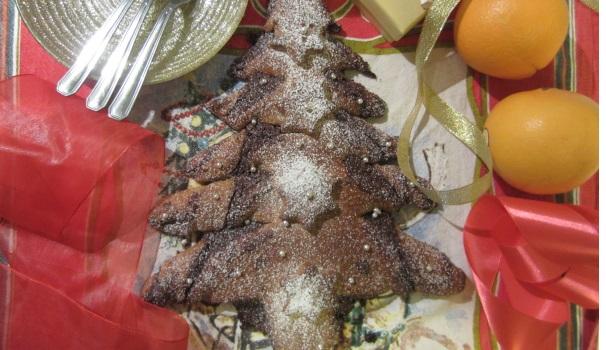 Albero natalizio di pan brioche 2