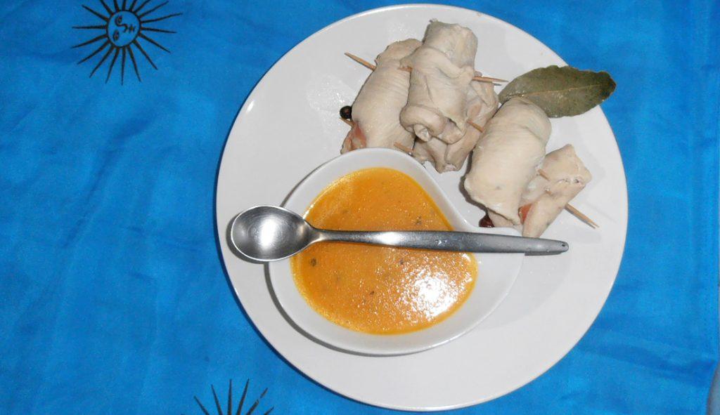 involtini-di-pollo-al-varoma-bimby-con-salsa-di-carote