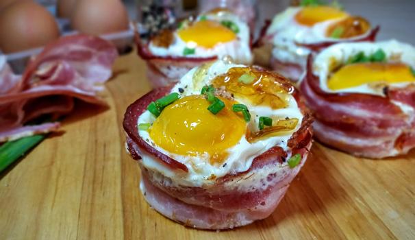 bacon egg muffin