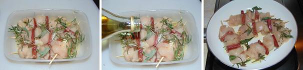 spiedini di pollo con pomodori secchi ricetta passo passo