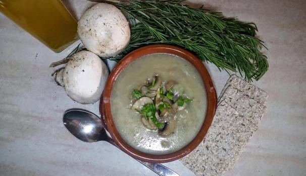 zuppa di patate con funghi