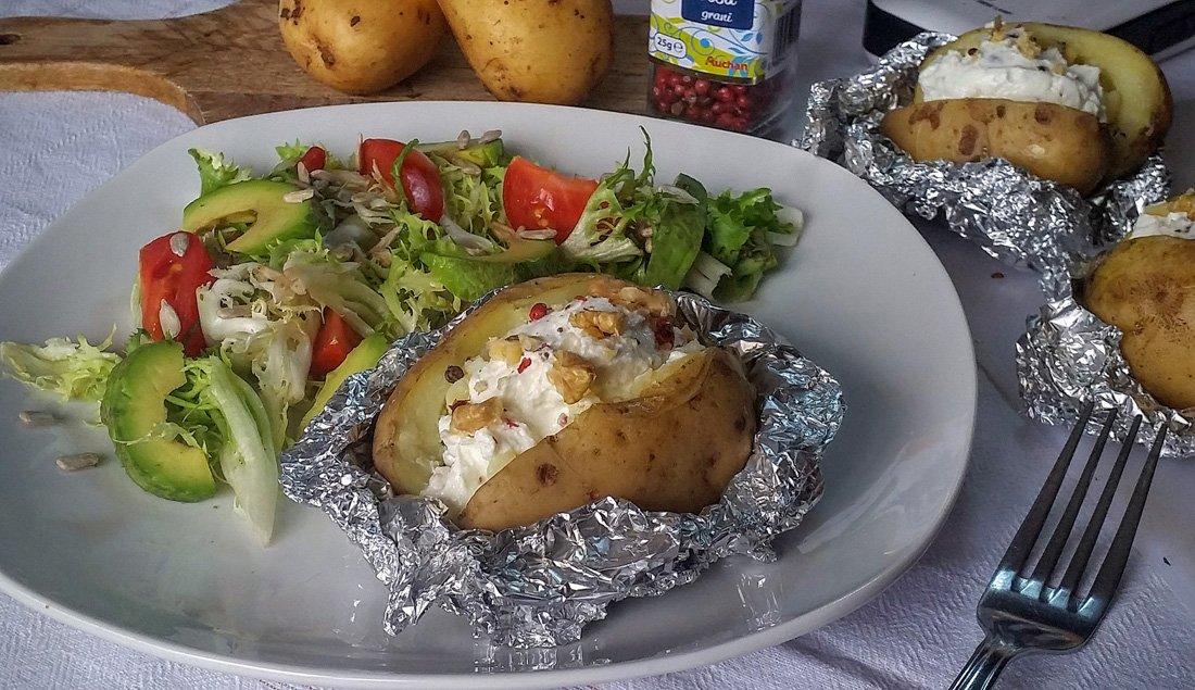 patate-al-cartoccio-con-rbiola-e-pepe-rosa1