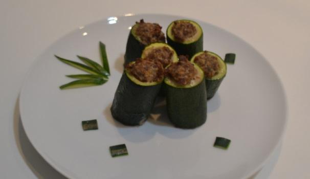 zucchine ripiene di carne_