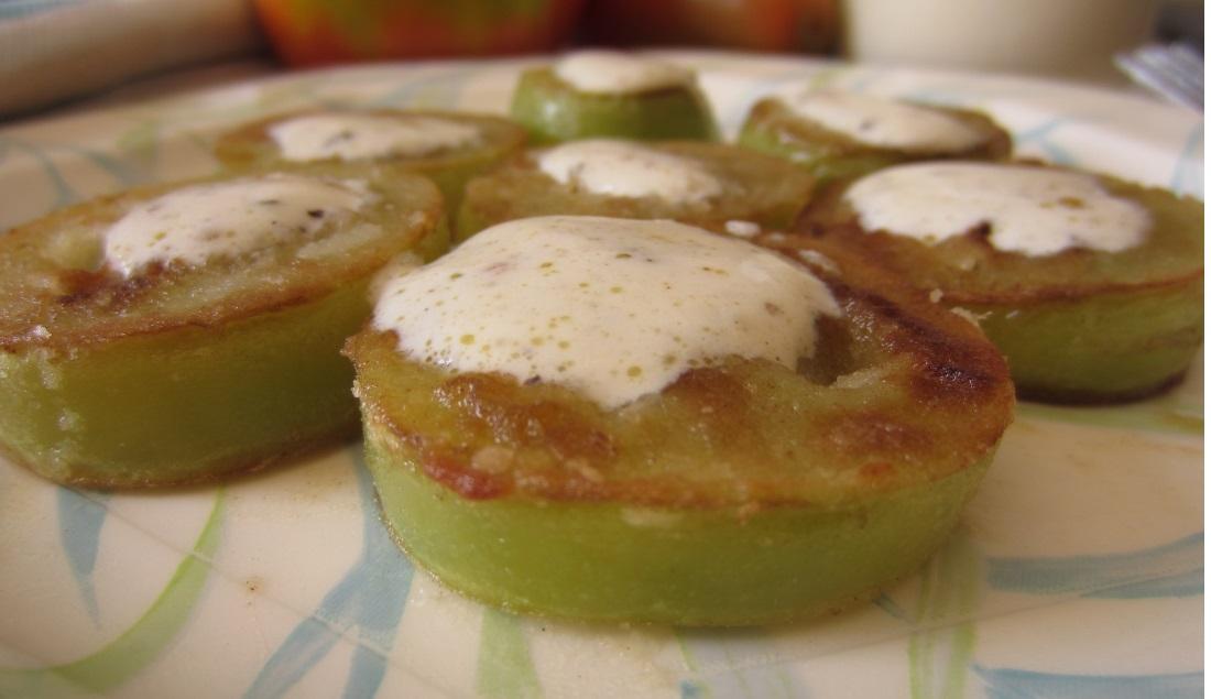 Pomodori verdi fritti con panna veloci