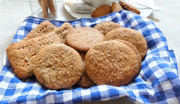 Biscotti di segale, grano saraceno e farro