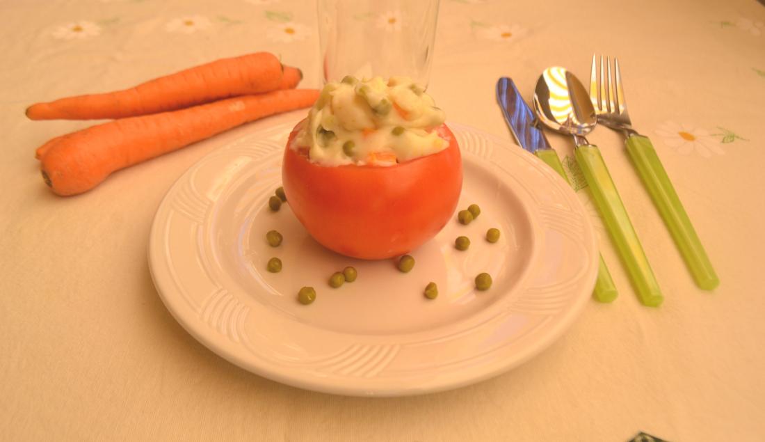 pomodori ripieni di verdure foto principale