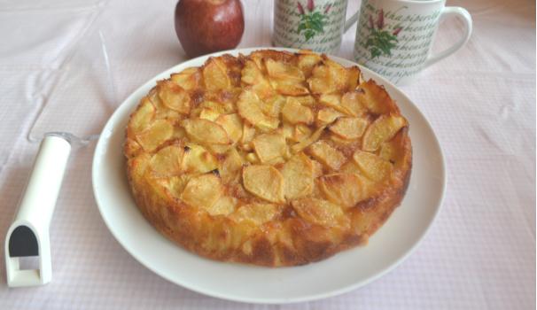 torta di mele cremosa foto fine procedimento