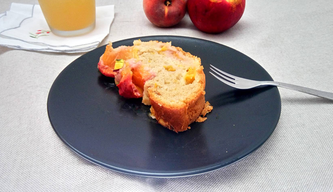 plumcake alle pesche vegan ricetta