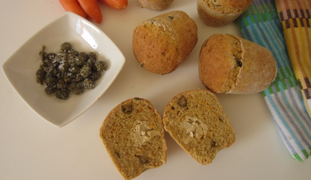 Muffin con tofu, carote e capperi