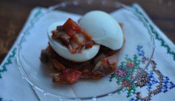 Uova con salsa ai funghi risultato finale