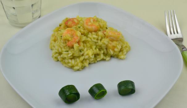 risotto alla crema di zucchine con gamberi foto fine proc