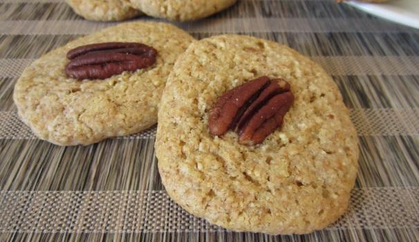 Biscotti agli anacardi con noci pecan