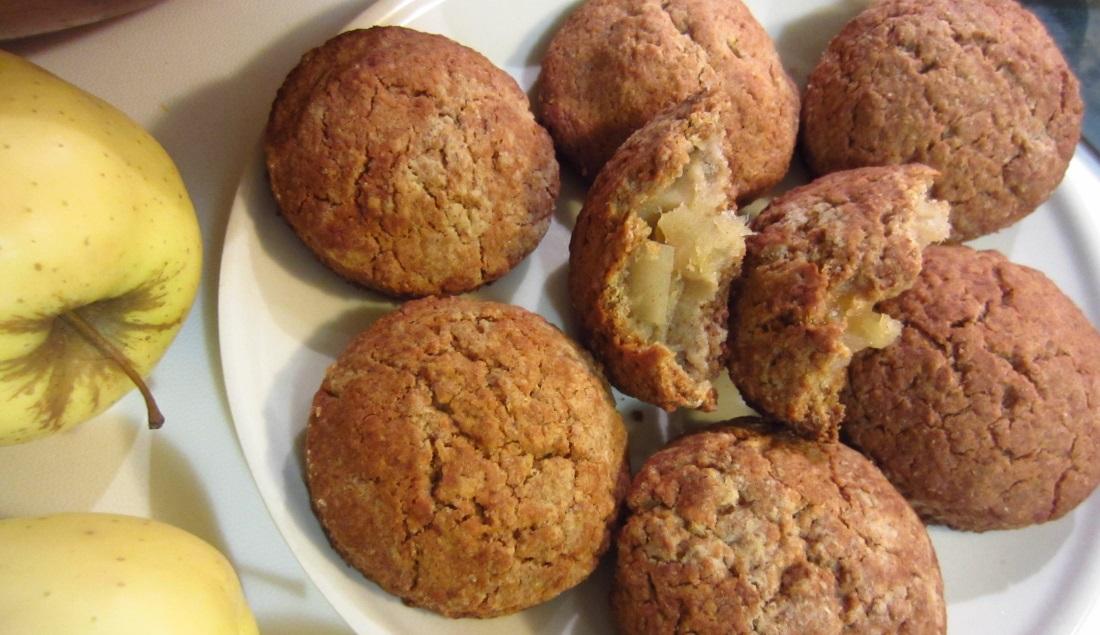 Biscotti con cuore di mela friabili