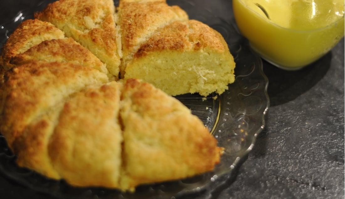 Scones al limone e cocco