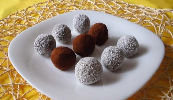 Tartufi al cacao e frutta secca con bimby