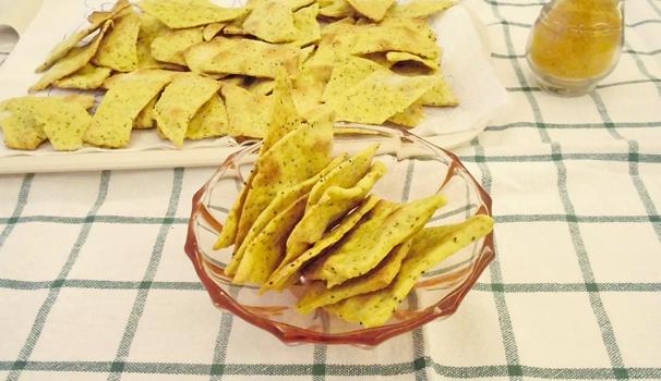 crackers-curcuma-e-semi-di-papavero-con-bimby