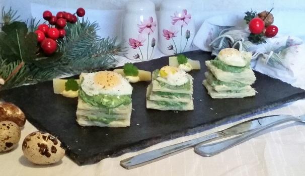 millefoglie con crema di spinaci e u0vo di quaglia